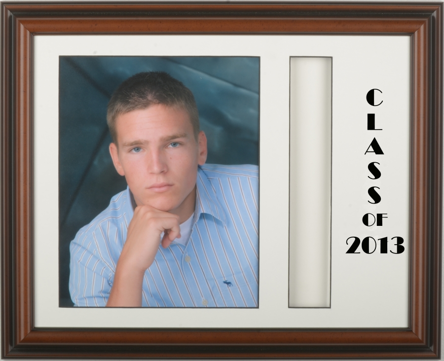 Walnut Graduation Frame: Holds an 8x10 and a tassel